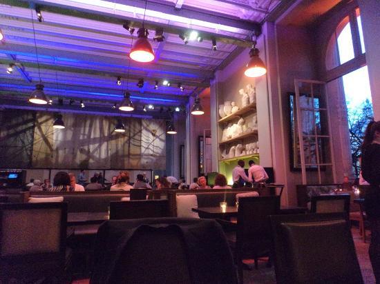 l 39 interno del ristorante nel mini palais picture of le. Black Bedroom Furniture Sets. Home Design Ideas