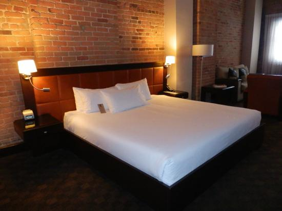 Hotel Place d'Armes: Chambre