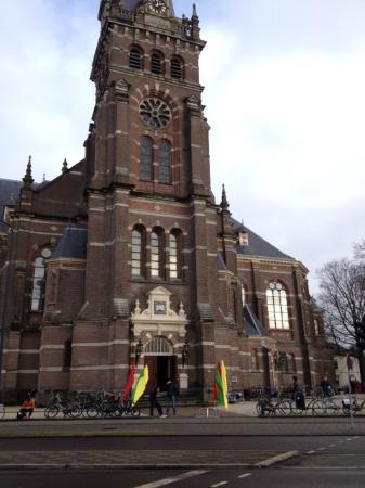 Grote Kerk of Koninginnekerk