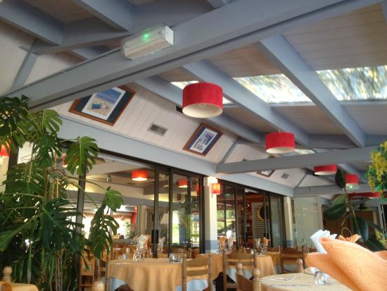 Hotel L' Hermitage : salle 1