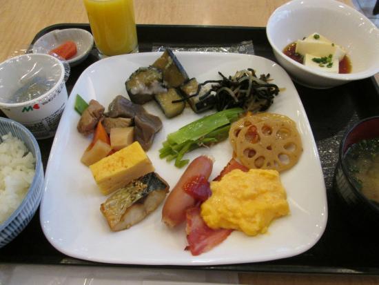 Hotel Skycourt Hakata: 朝食のバイキングです。