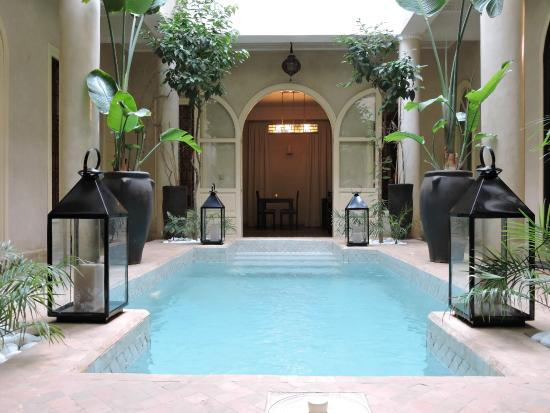 Riad O: Swimming pool