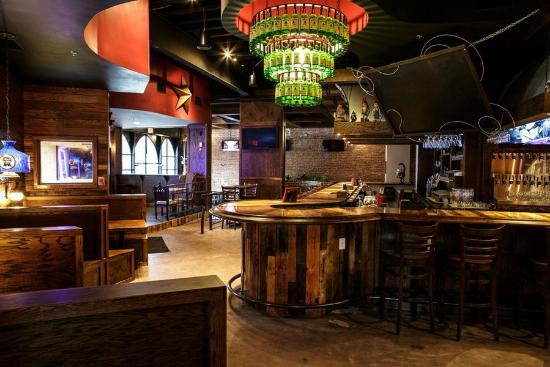 Little 5 Points Corner Tavern