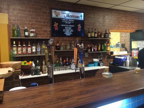 Woodsville, Nueva Hampshire: The Little Grille's Comida Mexicana