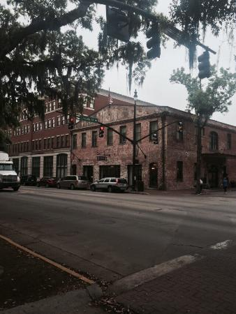 staybridge suites savannah historic district 130. Black Bedroom Furniture Sets. Home Design Ideas