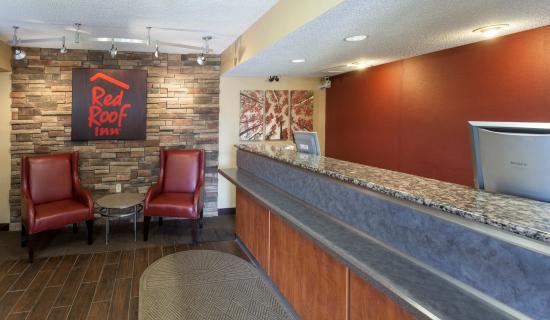 Red Roof Inn Detroit Troy: Lobby