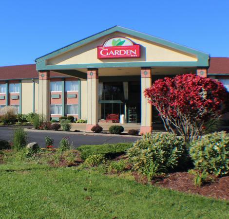 The Garden Inn Updated 2017 Hotel Reviews Price Comparison Elkhart In Tripadvisor