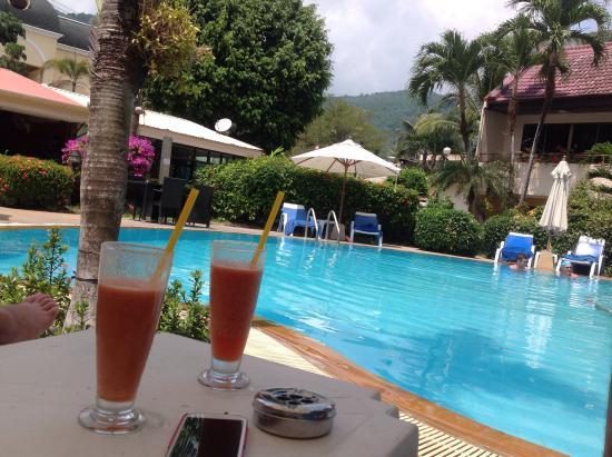 Swiss Palm Beach: La piscine
