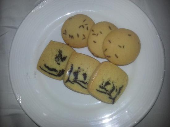 Lemon Tree Hotel, Dehradun: Exotic overpriced biscuits at Lemon tree
