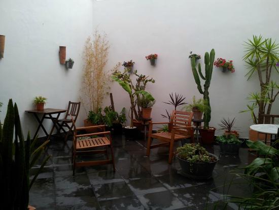 Room Tarifa: Patio interior de la recepción