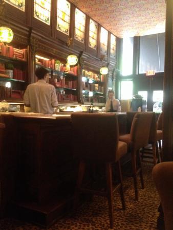 Gryphon D Or Tea Room