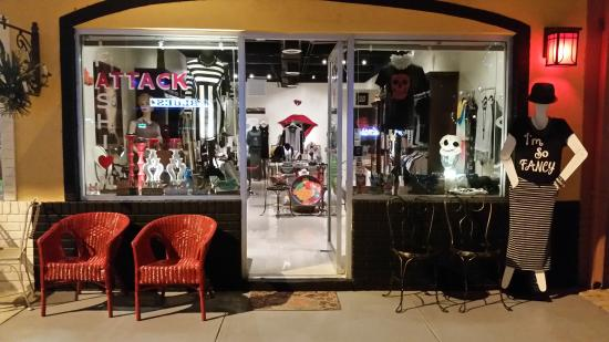 ‪Fashion Attack Boutique‬