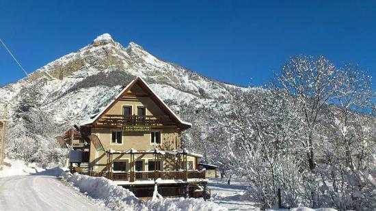 Hôtel Restaurant Le Martagon : Le Martagon en hiver