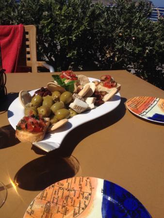 Sol e Mar Bistro: Maltese platter for 2