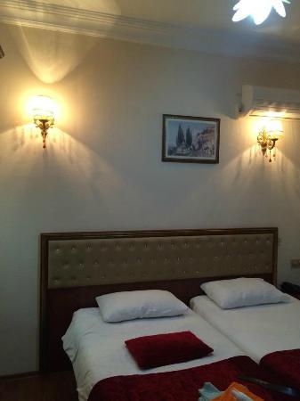 Asitane Hotel: Bedroom