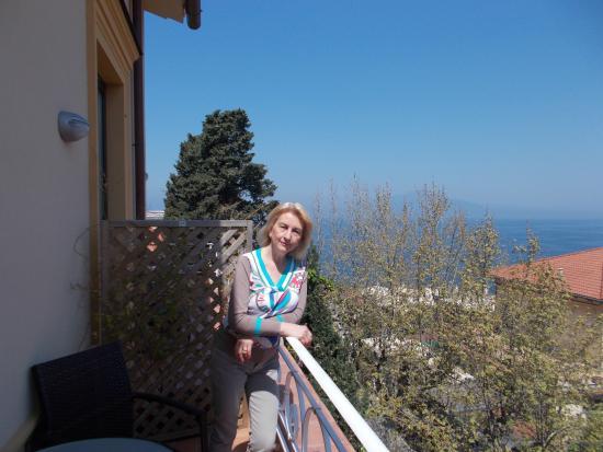 B&B Al Centro : balconcino con vista mare ... ed oltre