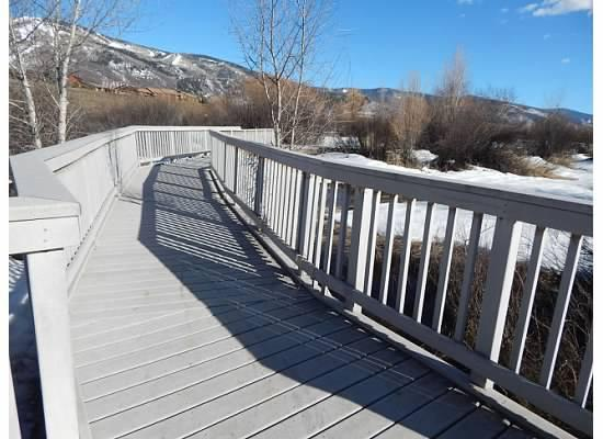 Rotary Park Boardwalk: A pleasant place to walk