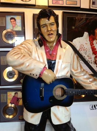 Breese, IL: Elvis