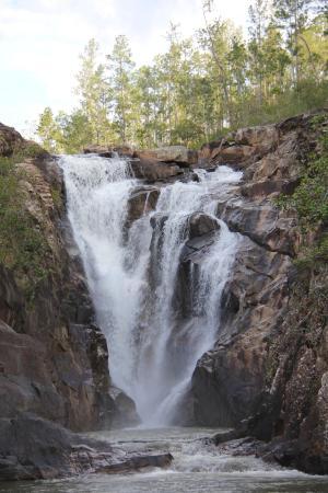 Kin Winik Jungle Tours : Waterfall