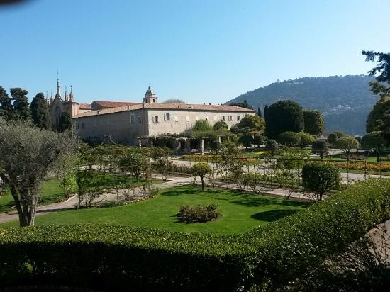 Jardin de cimiez picture of jardin du monastere de for Jardin nice