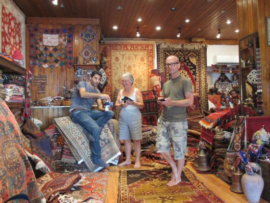 Sultan Carpet and Kilim : Choosing carpets