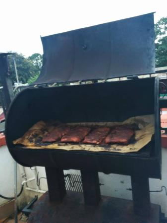 Hotel Poseidon y Restaurante : Poseidon's weekly ribs being smoked - highly recommend