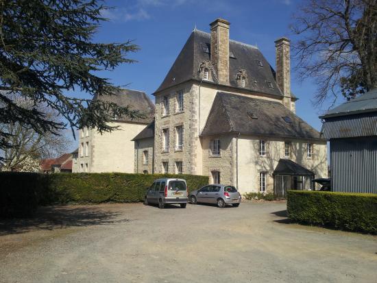 Potigny, Fransa: Le château