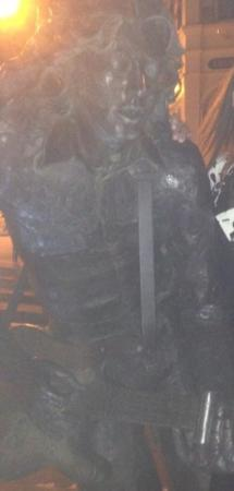 Rory Gallagher Statue : rory close up