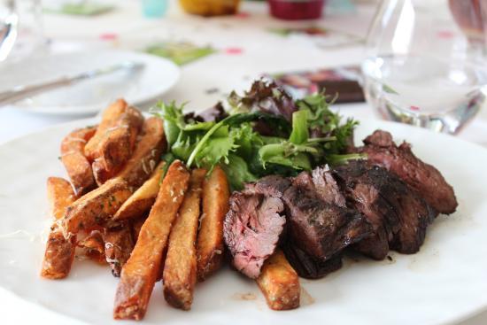 Ουάσιγκτον, Κονέκτικατ: Steak with truffle fries