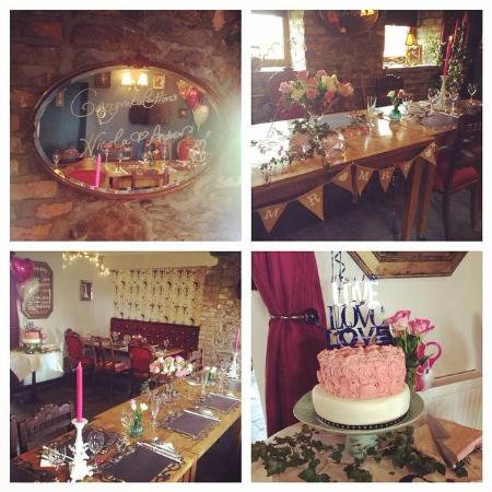 The Brit Pub Restaurant Decorated For A Small Wedding Reception Such Beautiful