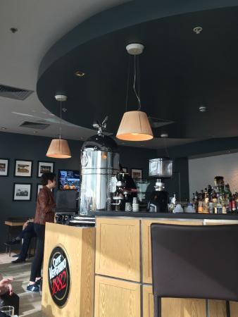 "Caffe Vergnano 1882: Mighty coffee serve becomes a bland ""me too"""