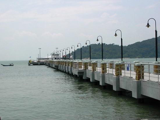 Jerejak Rainforest Resort: the ferry jetty