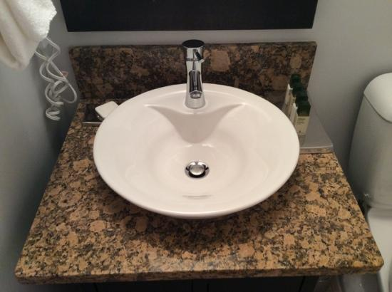 The Parkside Hotel Spa Vessel Sinks And Granite Countertops In Bathrooms