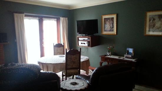 Storey Grange: The Garden Suite