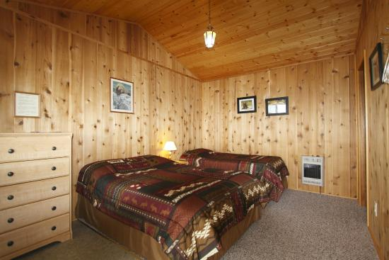 Katmai Wilderness Lodge: KWL Inside Guest Cabin