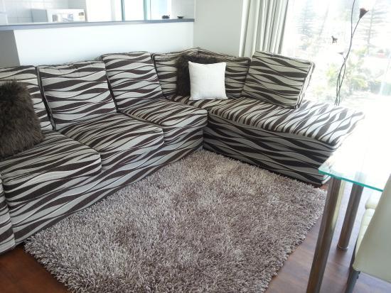 Emerald Sands : 6A Lounge Room