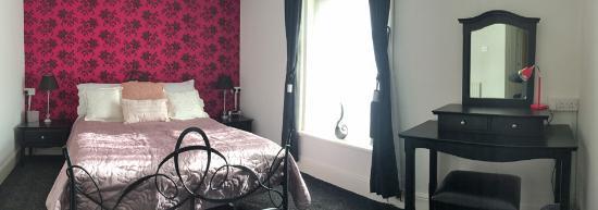 Phildene: Superior Suite Bedroom