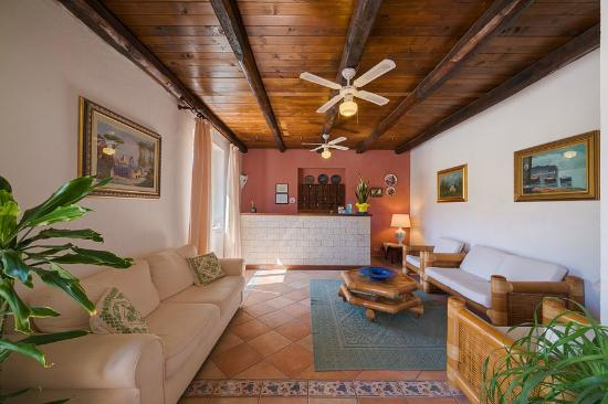 Hotel Frassetto: Hall
