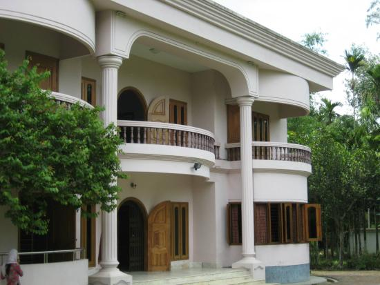 Garden view sreemangal see reviews and traveller photos for Beautiful house in bangladesh