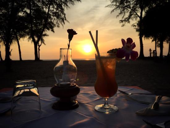 Tony Restaurant: Закат здесь особенно прекрасен ����