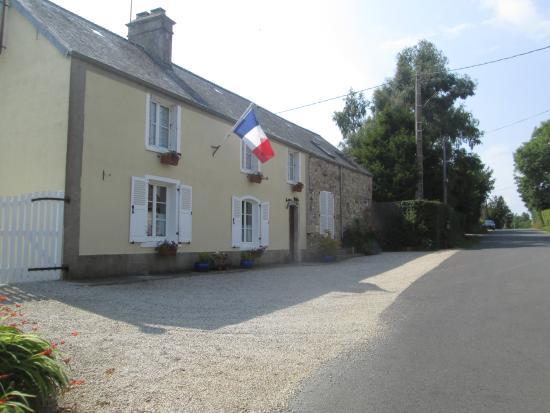 Négreville, France : front of house