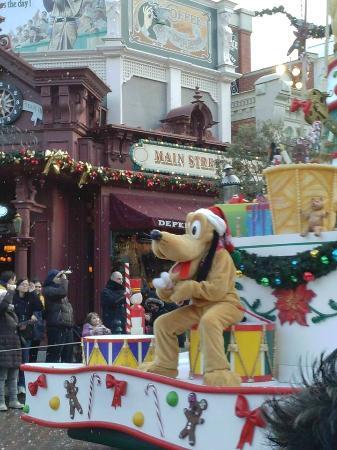Image De Noel Walt Disney.Cavalgat Du Noel Picture Of Disneyland Paris Marne La