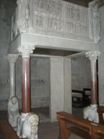 San Bartolomeo in Pantano : pulpito