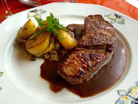 Entre Terre et Mer: Pièce de bœuf excellente tendre et sauce parfaite