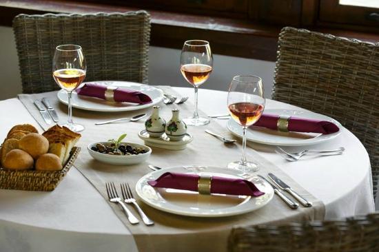 Mirage World Resort Hotel: Dinner