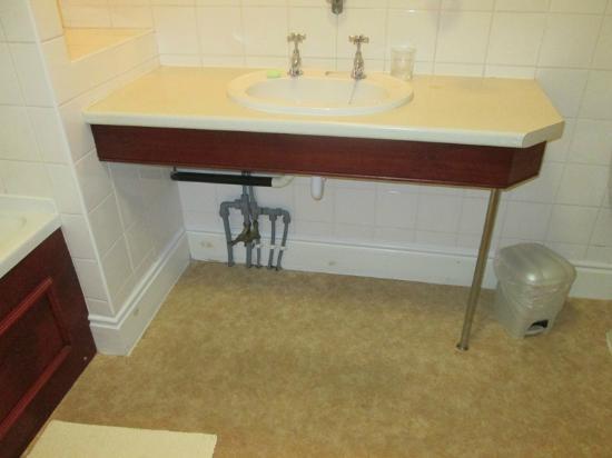 Best Western Lairgate Hotel: Unsiglty plumbing