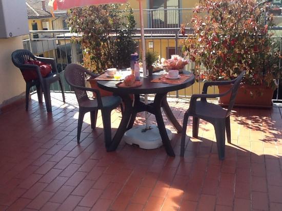 Hotel low Cost soggiorni in Villa la Rondine Pisa b&b - Picture of ...