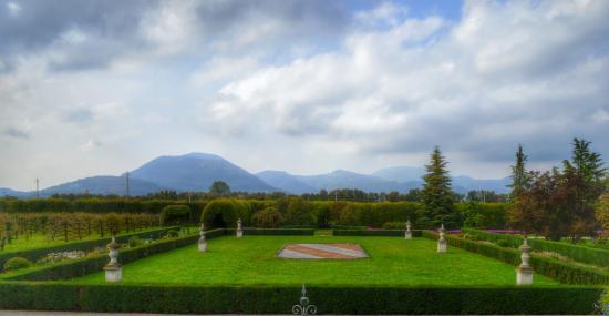 Giardino di Villa Emo: vista dal lato