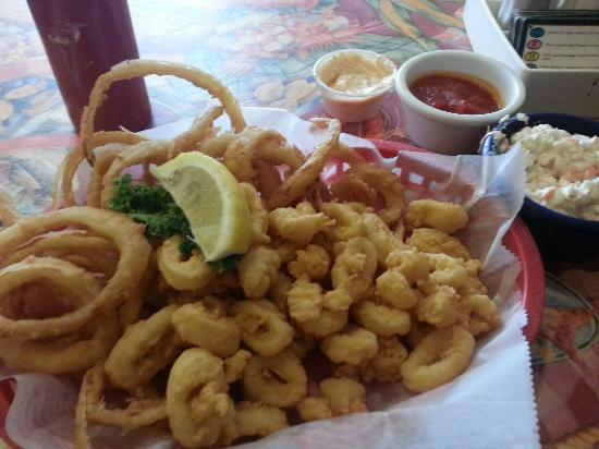 Plymouth, Нью-Гэмпшир: Calamari with o - rings