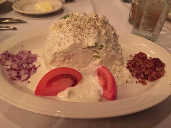 Lombardi's Steak House: Wedge Salad